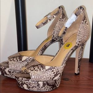 NWOT Snake Print Sandals Heels by Jessica Simpson